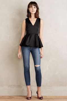 What a beautiful peplum top! love the construction, fabric, and shape!