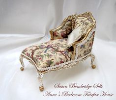Beautiful Extended Day Chair dollhouse