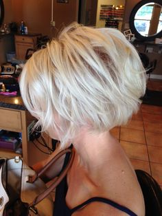 Hairbanger s Salon Energy Illinois Short Hair With Layers, Short Hair Cuts, Short Hair Styles, Short Bob Hairstyles, Cool Hairstyles, Redhead Hairstyles, Japanese Hairstyles, Korean Hairstyles, Prom Makeup Looks