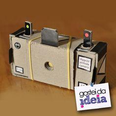 Assista ao vídeo no blog Gostei da Ideia e aprenda fazer uma câmera pinhole de caixa de fósforos! Incrível! No lugar da lente, apenas um furinho de alfinete....