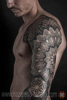 70 mandala tattoo designs for men - symbolic ink ideas Mandala Tattoo Design, Tattoos Mandalas, Dotwork Tattoo Mandala, Design Tattoo, Tattoo Designs Men, Designs Mehndi, Bild Tattoos, Body Art Tattoos, New Tattoos
