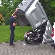 This little garage is a world's best motorcycle storage shed. This motorcycle storage box is called the BikeBOX The lockable shed is designed to Motorcycle Storage Shed, Motorcycle Garage, Motorbike Shed, Bobber Motorcycle, Motorcycle Style, Dirt Bike Room, Dirt Bikes, Car Cost, Buy Classic Cars
