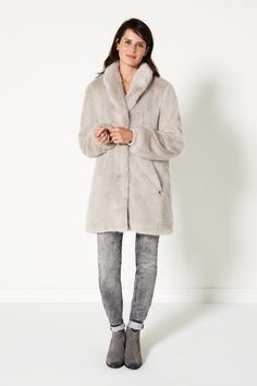 Nordic Light   Fashion   Coat   Faux Fur   Beige   Jeans   Lookbook