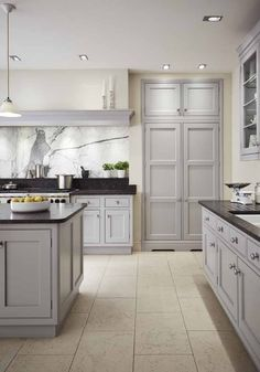 Our kitchen showroom in Altrincham features our luxury kitchens in stunning room sets. Our expert designers are on hand to offer design advice. Bespoke Kitchens, Luxury Kitchens, Kitchen Art, Kitchen Cabinets, Kitchen Ideas, Martin Moore Kitchens, Altrincham, Kitchen Showroom, Handmade Kitchens