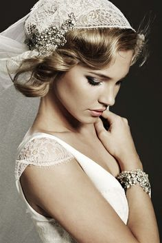 Google Image Result for http://2.bp.blogspot.com/-bTvaUA0ncic/TyB6WKoHeoI/AAAAAAAAAcg/b4yLgfVBJug/s1600/eversolovely-wedding-wednesday1-johanna-johnson2-wedding-veil.jpg