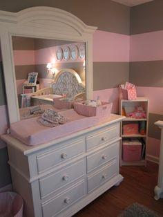 Diy hutch change table purple grey nursery baby pinterest nurseries grey nurseries - Chambre taupe et rose ...