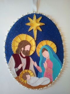 Christmas Fabric Crafts, Felt Christmas Decorations, Christmas Applique, Christmas Ornament Crafts, Christmas Sewing, Noel Christmas, Christmas Nativity, Christmas Projects, Felt Crafts