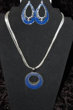 Double Take enhancer on Silverado necklace with Color Pop earrings.