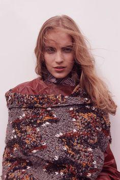 intemporal-costura: Vanessa Axente fotografado por Camille Bidault for Fashion Roxo Outono / Inverno 2012-2013