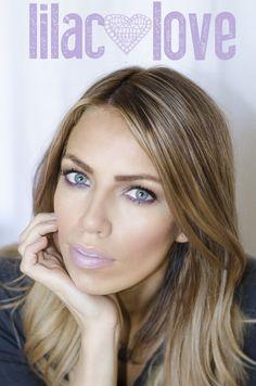 Makeup tips when wearing purple