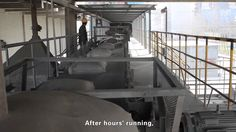 belt conveyor for bagged cement onsite