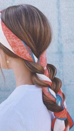 Bored of the identical previous updo? Change-up your hair with these extremely stylish coiffure concepts – LastStepPin Bored of the identical previous updo? Change-up your hair with these extremely stylish coiffure concepts – LastStepPin,Haare. Bandana Hairstyles, Chic Hairstyles, Hairstyles 2018, Hairstyle Ideas, Braided Hairstyles, Summer Hairstyles, Updo Hairstyle, Braided Updo, Hairstyles With Scarves