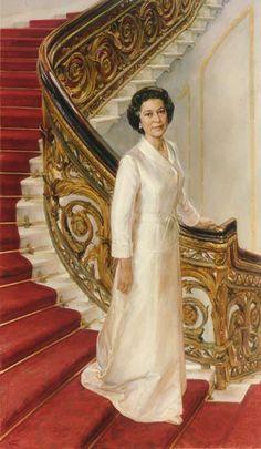 HRH Queen Elizabeth II by June Mendoza