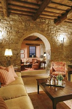 Italian Villa...love  arched doorways!