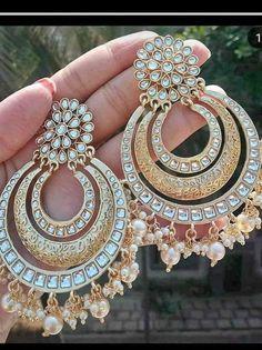 Bollywood Indian Chandbali earrings, Kundan earrings, Kundan chandbali, Ethnic earrings, Statement e Small Gold Hoop Earrings, Gold Jhumka Earrings, Indian Jewelry Earrings, Gold Bridal Earrings, Indian Jewelry Sets, Silver Jewellery Indian, Jewelry Design Earrings, Indian Wedding Jewelry, Ear Jewelry