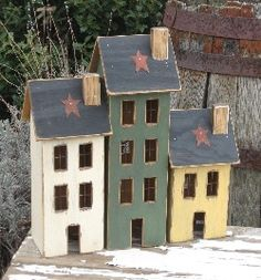 Lighted Country Houses and Primitive Saltbox Houses Lighted Country Houses and Primitive Saltbox Houses crafts Primitive Homes, Primitive Wood Crafts, Wooden Crafts, Primitive Bedroom, Primitive Antiques, Primitive Country, Saltbox Houses, Bird Houses, Country Decor