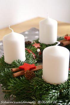 Schwarzwaldmaidli: Advent, Advent, ein Lichtlein brennt...