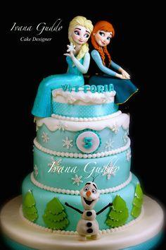"""Frozen Cake""""Elsa-Anna"" https://www.facebook.com/pages/Torte-di-Ivana-Guddo/317176505051760?ref=hl"
