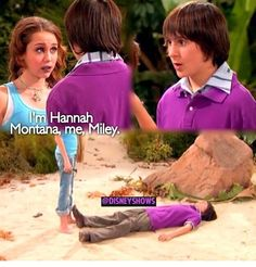When Oliver fell in love with Hannah and fainted when he found out it was Miley(: Old Disney Tv Shows, Old Disney Channel Shows, Hannah Montana Forever, Zack Y Cody, Miley Stewart, Disney Fun Facts, Disney Movies To Watch, Icarly, Cartoon Network Adventure Time