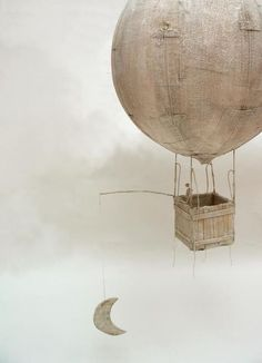 portermoto:by Antoine Josse - a French surrealist sculptor & painter, gohere to see more