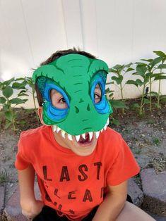 Dinosaur Face Painting, Dinosaur Mask, Dinosaur Costume, Dinosaur Crafts, Dinosaur Party, Dinosaur Birthday, Raptor Dinosaur, Foam Crafts, Craft Foam