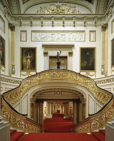10 Most Surprising Travel Attractions Grand Staircase, Buckingham Palace, by Derry Moore.Grand Staircase, Buckingham Palace, by Derry Moore. Grande Cage D'escalier, Buckingham Palace London, Buckingham House, Kensington, Palace Interior, Interior Stairs, Regal Design, The Royal Collection, Royal Residence