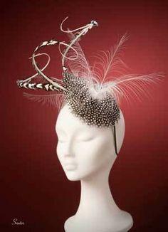 By EUGENIA JIMÉNEZ #millinery #hats #HatAcademy