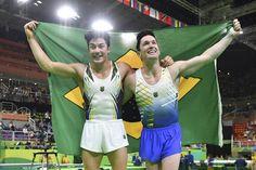 Hypólito e Nory: Brasileiros conquistaram a prata e o bronze na prova do solo (Foto: Ben Stansall/AFP)