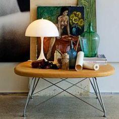 Louis Poulsen Panthella - lampe à poser design Design Bestseller, Building Furniture, Lampe Led, Form Design, Pantone, Decoration, Interior Architecture, Designer, Vintage Items