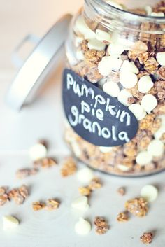 Pumpkin Pie Granola @Jennifer Young Brad may like this. I'm definitely going to give it a try.