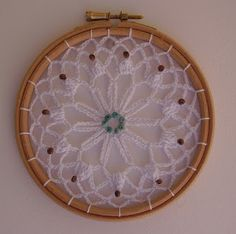 Tejiendo con Max: Ganchillo Crochet Home, Crochet Crafts, Crochet Projects, Crochet Lace Edging, Filet Crochet, Doily Patterns, Crochet Patterns, Crochet Dreamcatcher Pattern, Crochet Mandela