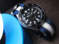 Seiko Diver SKX007 on MiLTAT 22mm G10 military watch strap ballistic nylon school look armband