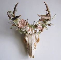 Pattern Southwest decor is about pattern. This Southwestern trailer decor is awesome, and is among the most unique trailer remodels I've ever seen. Deer Skull Decor, Deer Skulls, Cow Skull, Skull Art, Deer Antlers, Southwestern Nursery Decor, Trailer Decor, Guache, Floral Crown