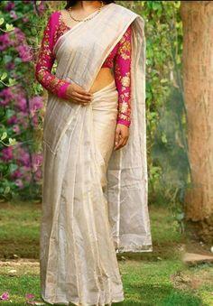 Cotton Saree Blouse Designs, Bridal Blouse Designs, Saree Styles, Blouse Styles, Stylish Blouse Design, Designer Blouse Patterns, Saree Look, Elegant Saree, Fancy Sarees
