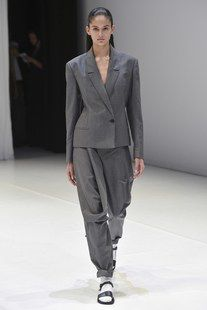 Chalayan Spring 2018 Ready-to-Wear  Fashion Show Collection
