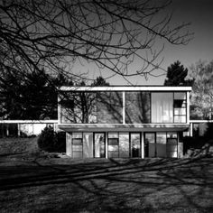 Japanese Architecture, Interior Architecture, Mid Century Exterior, Bauhaus, The Good Place, Building A House, Minimalism, Mansions, Inspiration