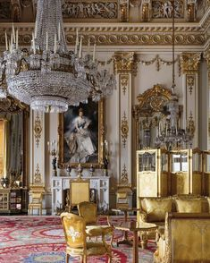 White Drawing Room, Buckingham Palace, by Ashley Hicks Classic Interior, Best Interior, Luxury Interior, Interior Architecture, Mansion Interior, French Architecture, Buckingham Palace, Palaces, Royal Residence