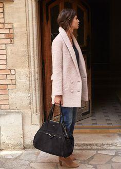 Jagger Coat + black bag