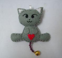 kitty! Clay Cats, Gatos Cats, Fabric Toys, Felt Decorations, Felt Cat, Cat Pattern, Felt Toys, Stuffed Toys Patterns, Felt Animals