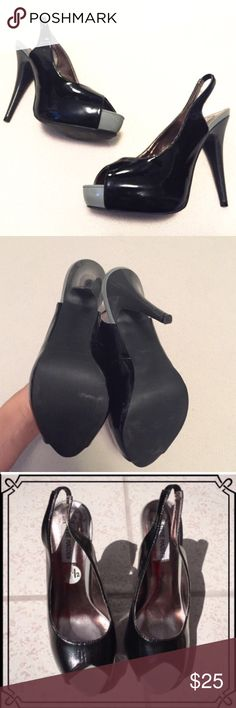"Steve Madden patent leather black platform heels Sling back style. Measures approx 5"" heel with 1.5"" platform. Worn once & in excellent condition! Unnoticeable very slight mark on back (last pic). Size 8.5M. 💟Bundle to save! 💟NO TRADES, no modeling. 💟REASONABLE offers welcome via offer button. Steve Madden Shoes Heels"