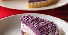 軽めのクリームが美味しい♡タルトには、アーモンドクリームと、キャラメリゼした紫イモを詰めました。普通のさつま芋でも♪