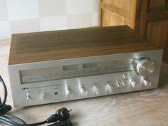 Vintage 1979 AKAI Stereo AM/FM Reciever AA-1135