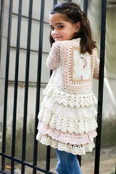 Paula y Agustina Ricci - gorgeous, gorgeous, gorgeous girl's duster crocheted around a piece of fabric - no pattern, just inspiration Baby Girl Crochet, Love Crochet, Crochet For Kids, Knit Crochet, Crochet Hats, Crochet Jacket, Crochet Cardigan, Knitting For Kids, Baby Knitting