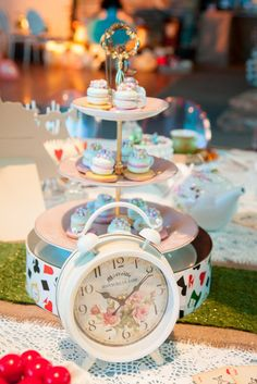 Macaron Teacups at an Alice in Wonderland Party #aliceinwonderland #party