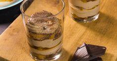 Tiramisu met chocolade en peperkoek Tiramisu, Meals In A Jar, Eat Dessert First, Mousse, Latte, Panna Cotta, Deserts, Good Food, Pudding