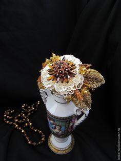 """Купить Браслет """"Цвета Золота и Беж"""" - золотой, нарядный браслет, крупный браслет, браслет - цветок"""