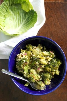 Roasted Broccoli Salad and Cabbage Cups. The perfect plant-based alternative to those omnipresent, mayonnaise-based, summer side salads. Cabbage Wraps, Perfect Plants, Broccoli Salad, Side Salad, Plant Based Recipes, Picnic, Salads, Roast, Lunch