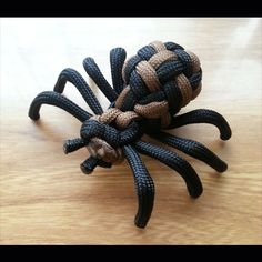 Paracord Small Tarantula Spider - For all you spider lovers, this is the smaller of our spiders. Using the globe knot, this gives a different look to the body.