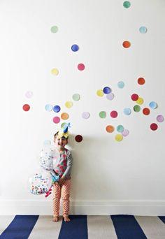 mini confetti balloons