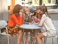 1960s icons. Shrimpton, Twiggy, Boyd, Juste...old fashioned, real live girl talk - cell phones would wreck this moment!
